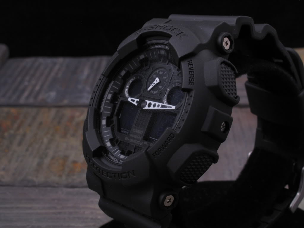 Watch Review - Black G-Shock Black face chonograph world time