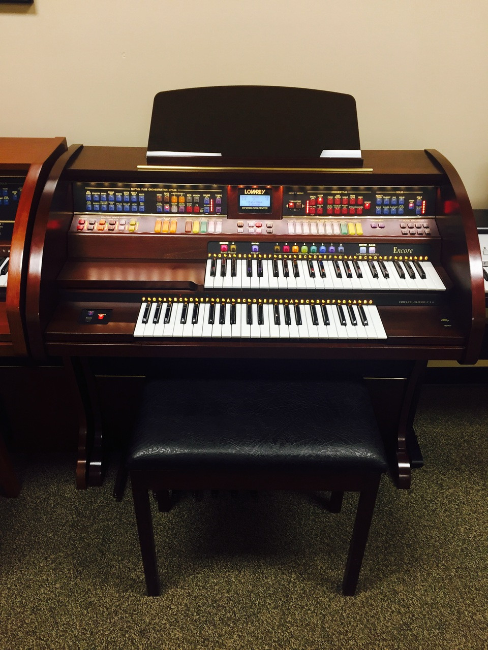 lowrey encore a200 organ with bench at the piano gallery music superstore. Black Bedroom Furniture Sets. Home Design Ideas