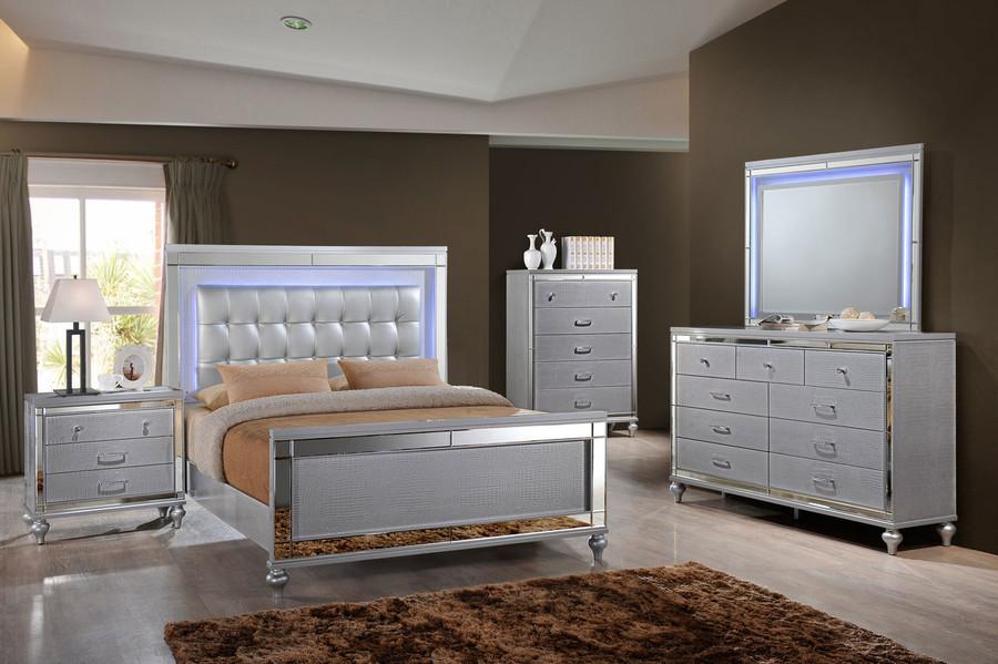 Valentino Silver Lighted Bedroom