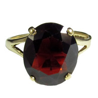 9ct Gold Vintage 1977 4.5ct 12 x 10mm Garnet Oval Solitaire Ring, Size M