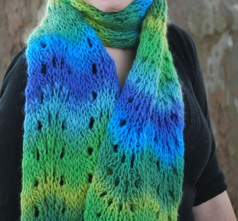 Feather And Fan Knitting Pattern Scarf : Feather and Fan Scarf - http://www.knittingboard.com/