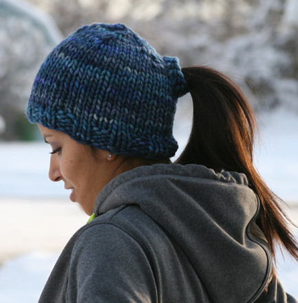 Knitting Pattern Ponytail Hat : Pony Tail Hat - http://www.knittingboard.com/