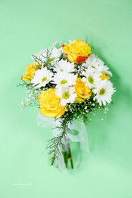 Yellow Rose and White Daisy Bouquet