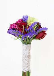 Rose & Dianthus Throw Bouquet