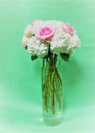 Perfectly Pastel wedding décor. White and pink fresh flower rose and hydrangea mix