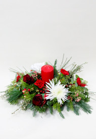 Happiest of Holidays Centerpiece brough to you fresh by Earle's Loveland