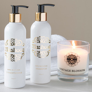 Mashooq 100% Natural Shampoo and Conditioner, plus your choice of candle.