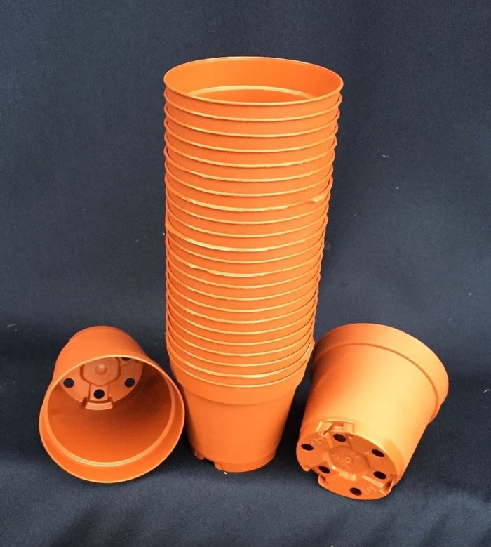 Poppelmann MXC 5.5  Terra-Cotta Colored Plastic Flower Pots