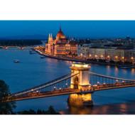 Budapest by Thomas D Mørkeberg