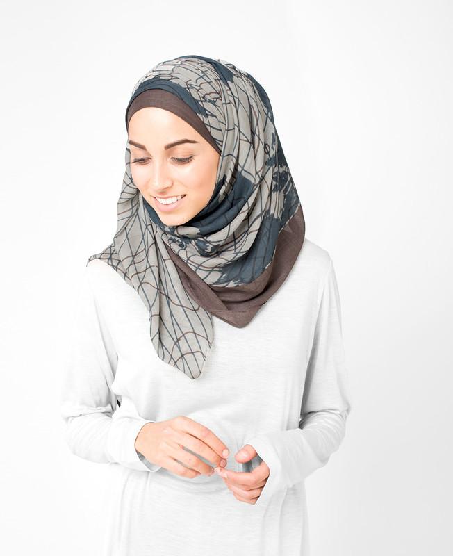 String Fossil Hijab