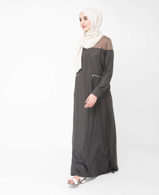 Black Colour Block Jilbab