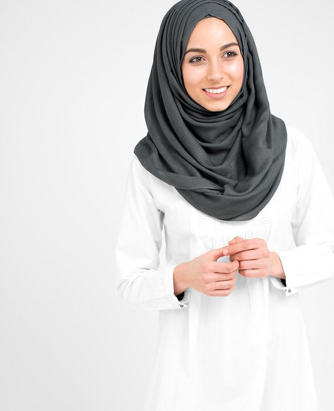 Pinless Castlerock Grey Viscose Hijab
