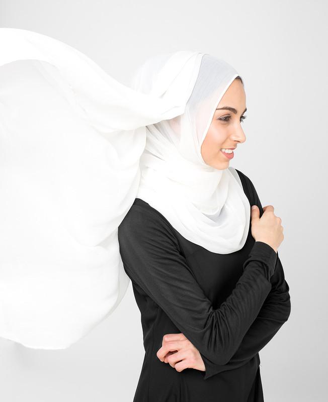 Bright White Pinless PolyChiffon Hijab