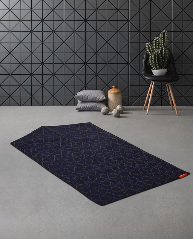 Geometric denim arch-shaped prayer mat rug