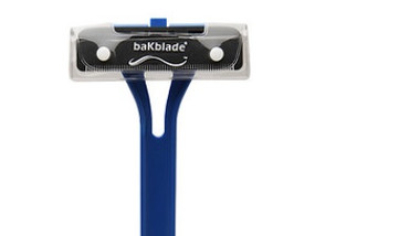 BaKblade Back Hair Shaver with large blade shaving head.