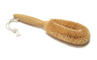 "COCONUT FOOT BRUSH 8"" (WITH HANDLE)"