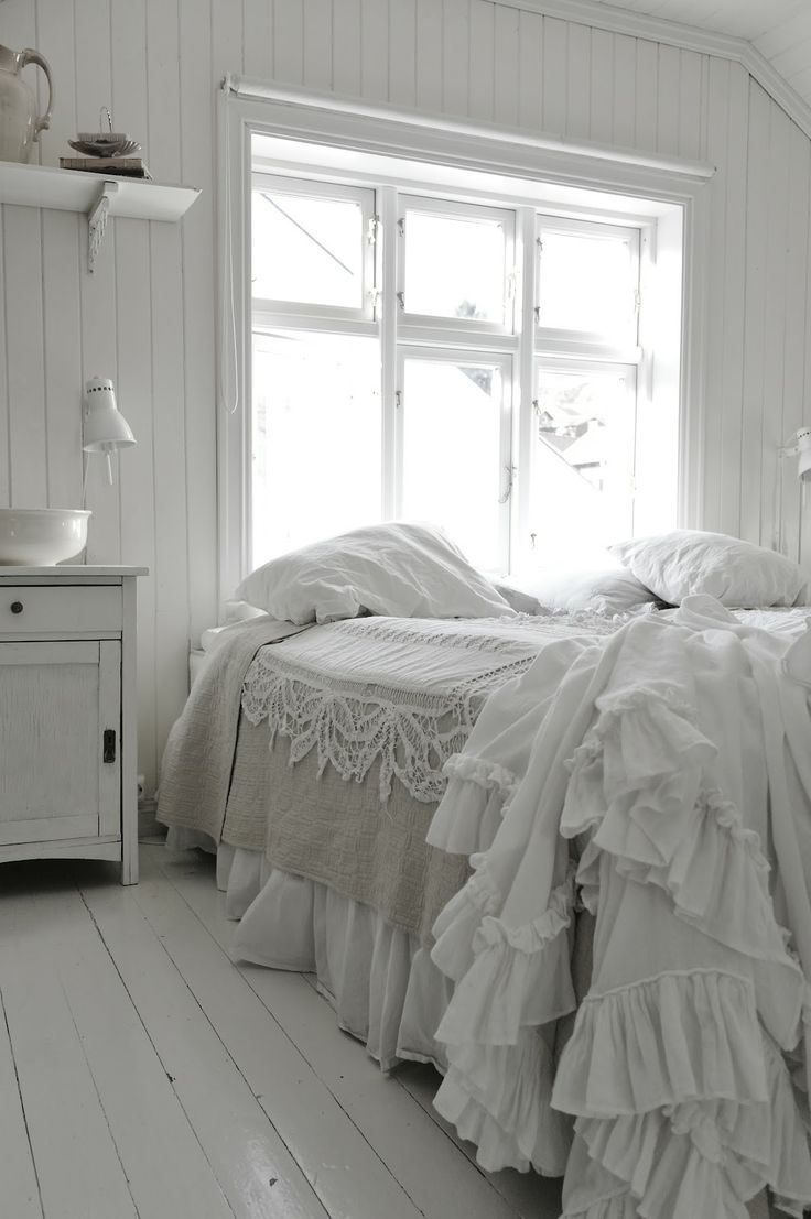 Shabby Chic Duvet Cover With Ruffles
