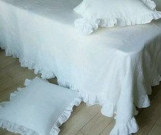 Ruffled Linen Sheet