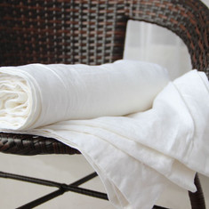 White linen bath towels | Handmade by Superior Custom Linens