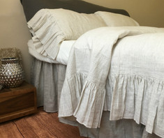 Linen Duvet Cover with Mermaid Long Ruffle