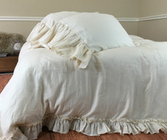 Cream ruffle duvet cover