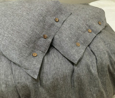 Grey duvet cover w. buttons