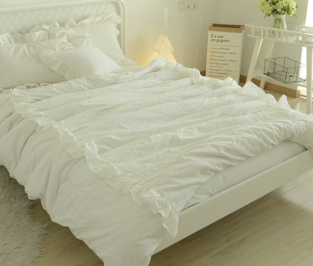 Pima Cotton Duvet Cover Features 2 Rows of Ruffles