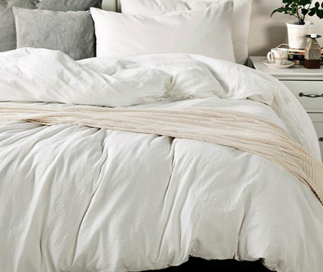 white bedding made from medium weight linen