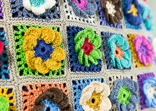 Beyond The Square Crochet Motifs BTS-001