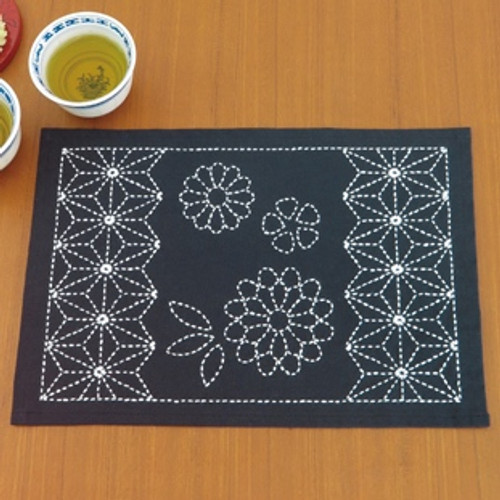 Sashiko Place Mat Kit - Asanoha & Chrysanthemum