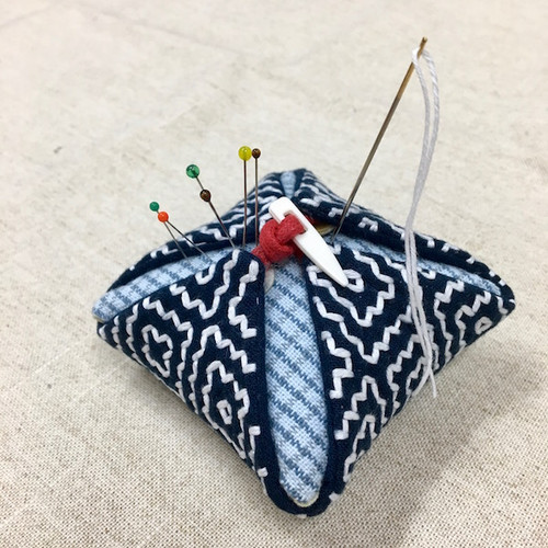 The Persimmon Flower Pincushion Hitomezashi (One Stitch) Kit