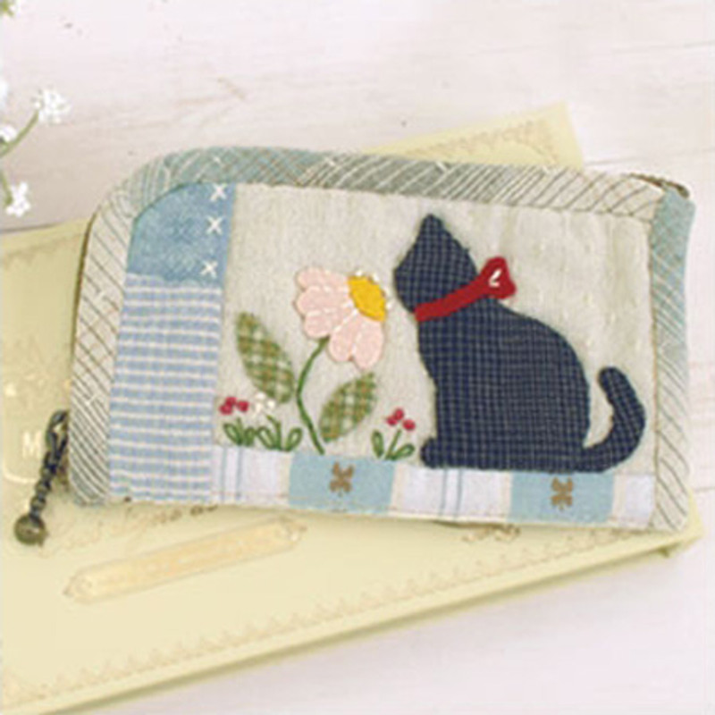 Kitten & Daisy Zip Case PA-600
