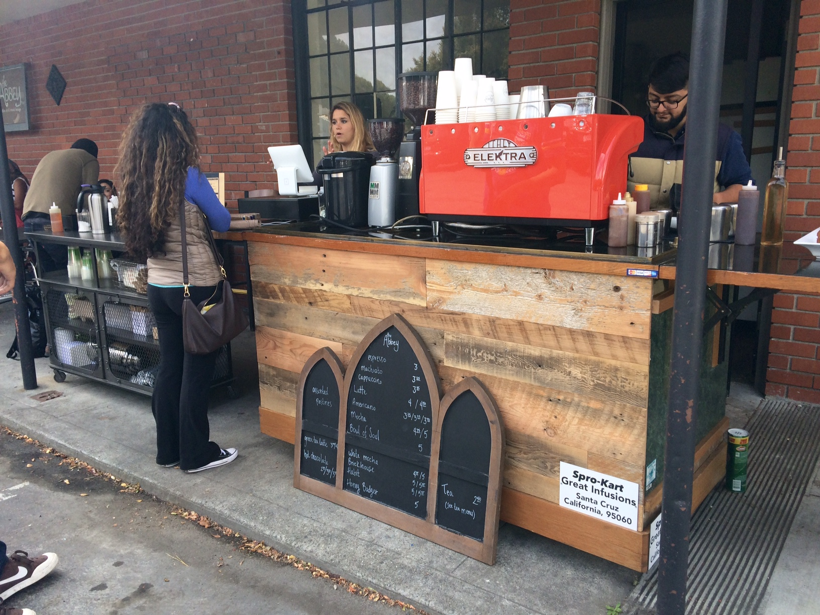 Mobil coffee cart for rent