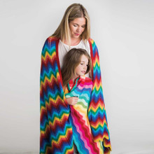 O.B. Designs Giant Ripple Blanket - Rainbow