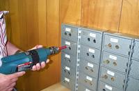 safe-deposit-locks-2.jpg