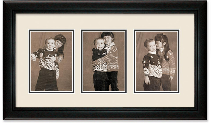 Deluxe Black collage frame 3-openings with double off white mat