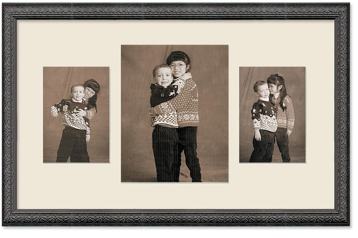 Imperial Black Collage frame, 3-openings, 2 sizes with off white mat