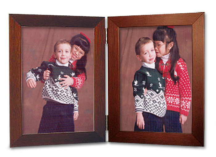 Mahogany Finish 4x5 Vertical Double Hinge Picture Frame