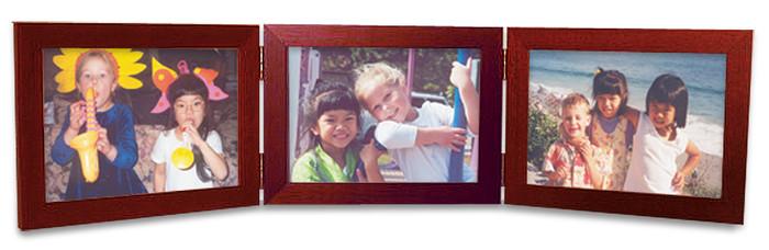 Horizontal Triple Hinge 5x3.5 Picture Frame, Cherry finish