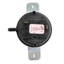 A.O. Smith 9005726215 Air Sensing Switch (193295)