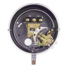Dwyer Instruments DA-31-153-1 1/8-15# SPDT Merc Gas# Switch