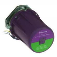 Honeywell  C7061A1038 C7061A1012 Dynamic Self-Check Ultraviolet Flame Detector w/ Brad Harrison Connector