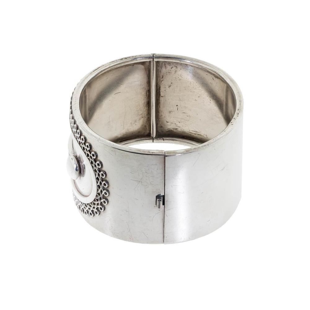 Antique: Sterling Silver Victorian Bangle, Button-Cuff