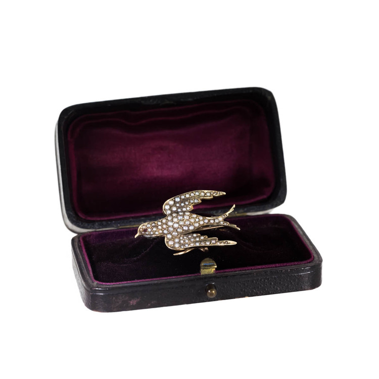 Antique Swallow Brooch Set with Seed Pearls in 14 Ct Gold