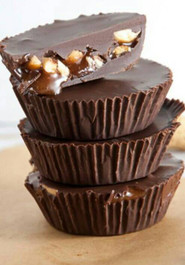 Vegan Snickers Cups - 24 mini's