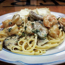 Champagne Cream Cheese Shrimp & Mushroom Pasta