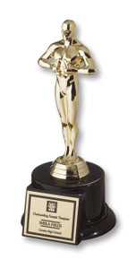 Oscar Presenter on Round Base