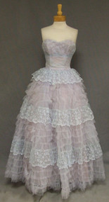 Strapless Pale Blue Lace & Tulle 1950's Ball Gown Prom Dress Full Skirt