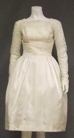 Charming Ivory Lace & Taffeta 1960's Wedding Dress