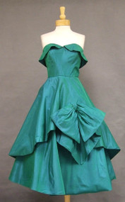 GORGEOUS Strapless Emerald Taffeta 1950's Cocktail Dress w/ Tiered Skirt